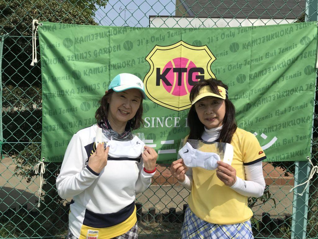 コンソレ優勝の河合(左)・清水(RUNE・アポロ)